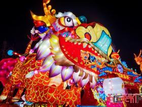 中国彩灯网讲述华丽灯会背后的故事